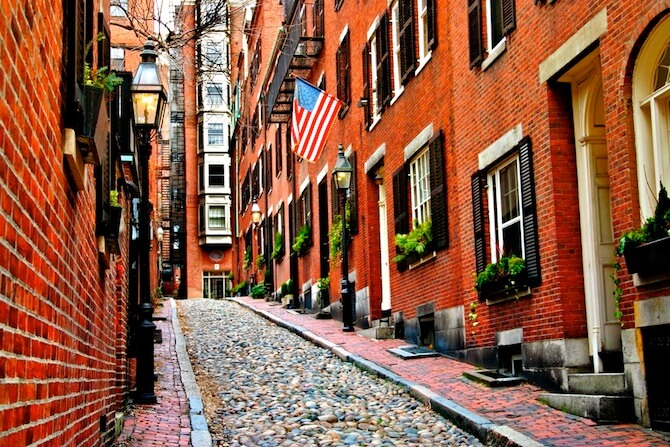 Boston, Massachusetts, USA - Acorn St, Beacon Hill