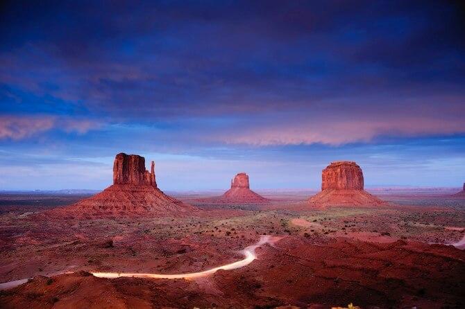 Monument Valley,Utah/Arizona, USA - 3 Mittens