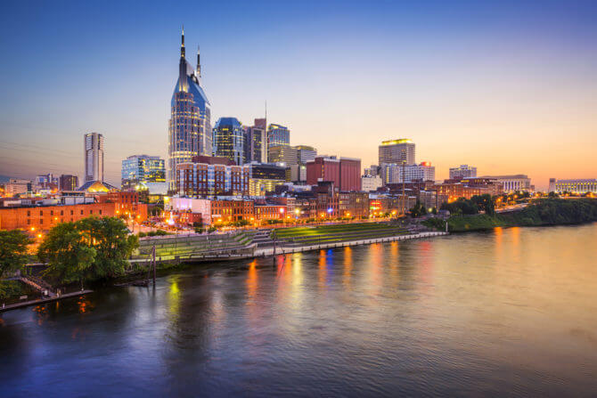 Skyline, Nashville Holidays