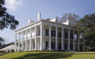 Natchez Plantation House on USA Fly Drive Deep South Road Trip