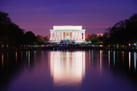 Lincoln Memorial illuminated at night